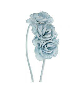 Diadema con tres flores románticas