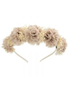 Diadema con flores tupidas y gypshophila natural