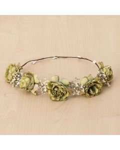 Corona con flores románticas y flor natural