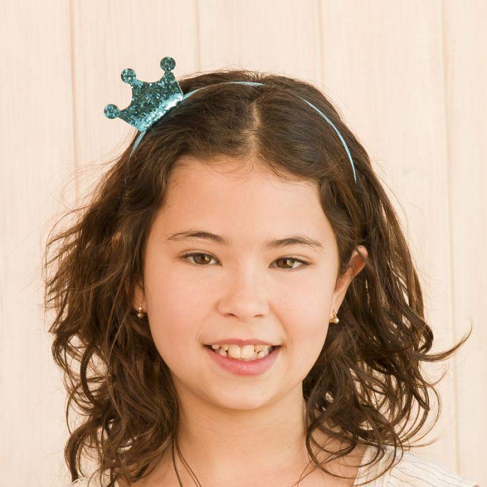 5 disfraces para Carnavales muy fáciles de hacer con complementos de pelo.